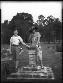 (Robert Francis) Patrick Cronin; Agnes Mary Cronin (née Gibson), by Bassano Ltd - NPG x30883