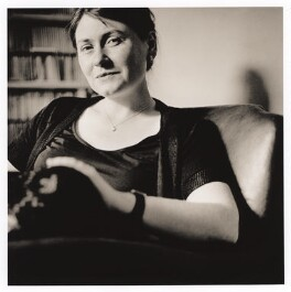 Deryn Rees-Jones, by Rizwan Mirza, 3 June 2001 - NPG  - © Rizwan Mirza
