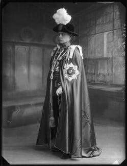 Sir Archibald Hunter, by Bassano Ltd - NPG x80177