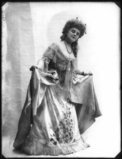 Alexandra Carlisle as Effie Waldron in 'A Woman's Way' at the Comedy Theatre, by Bassano Ltd - NPG x101499