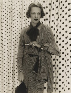 Gertrude Lawrence, by Paul Tanqueray, 1932 - NPG x19916 - © estate of Paul Tanqueray