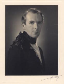 Cecil Beaton, by Harlip - NPG x30321