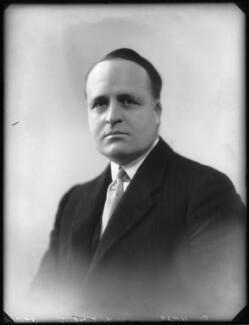 Sir Frank Hillyard Newnes, 2nd Bt, by Bassano Ltd - NPG x123271
