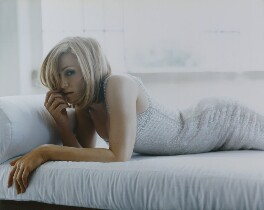 Madonna, by Mario Testino - NPG P1018