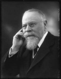 Sir (Henry) Seymour King, 1st Bt, by Bassano Ltd, 4 November 1925 - NPG x123499 - © National Portrait Gallery, London