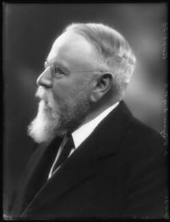 Sir (Henry) Seymour King, 1st Bt, by Bassano Ltd, 4 November 1925 - NPG x123500 - © National Portrait Gallery, London