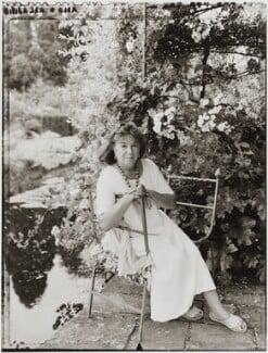 Arabella, Lady Lennox-Boyd, by Tessa Traeger - NPG P1026(26)