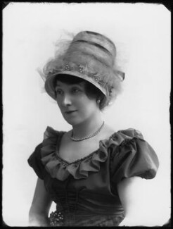 Lily Lena (Alice Mary Ann Mathilda Archer), by Bassano Ltd - NPG x33387