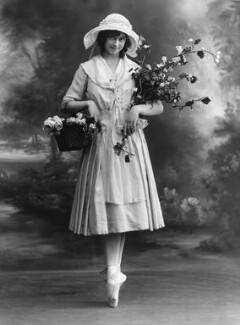 Phyllis Bedells, by Bassano Ltd - NPG x19328