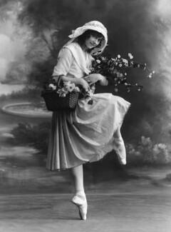 Phyllis Bedells, by Bassano Ltd - NPG x19329