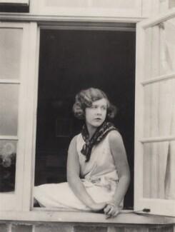 Nancy Beaton, by Cecil Beaton - NPG x40988