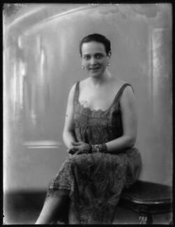 Edna Thomas, by Bassano Ltd - NPG x123745