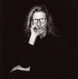 Annie Leibovitz, by Simon Alexander - NPG x45978