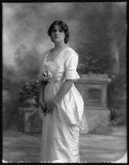 Dame Gladys Cooper, by Bassano Ltd - NPG x102098