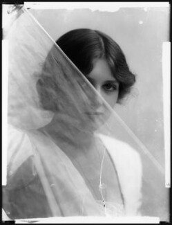 Dame Gladys Cooper, by Bassano Ltd - NPG x102097