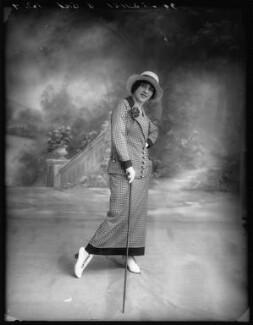 Dorothy Minto as Betty Baker in 'The Grass Widows', by Bassano Ltd - NPG x102078