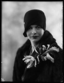 Hon. Janet (Gladys) Kidd (née Aitken), by Bassano Ltd - NPG x124096