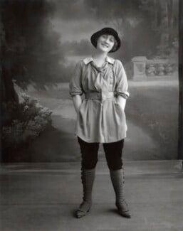 Phyllis Dare, by Bassano Ltd, October 1912 - NPG  - © National Portrait Gallery, London