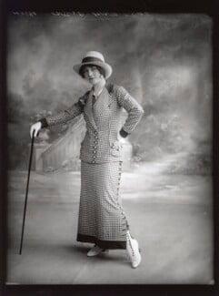 Dorothy Minto as Betty Baker in 'The Grass Widows', by Bassano Ltd - NPG x102077