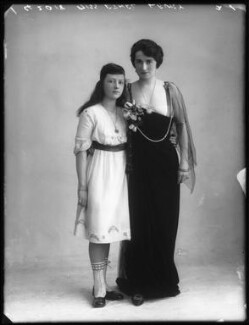 Ethel Levey with her daughter Georgette Cohan, by Bassano Ltd - NPG x102230
