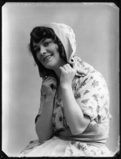 Ella Retford (Elinor Maud Dawe, née Flanagan), by Bassano Ltd - NPG x80720