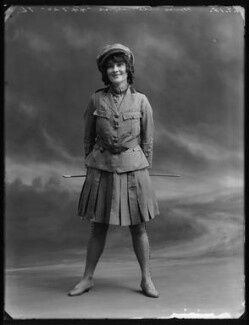 Ella Retford (Elinor Maud Dawe, née Flanagan), by Bassano Ltd - NPG x80725