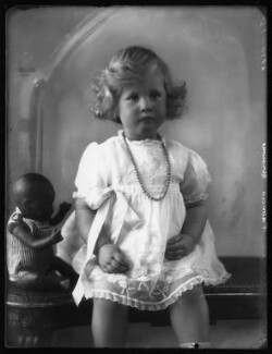 Hon. Patricia Helen Cayzer (née Browne), by Bassano Ltd - NPG x124216