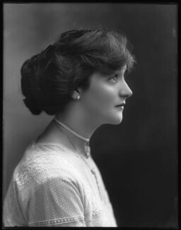 Dorrie Keppel, by Bassano Ltd, 13 September 1911 - NPG x102620 - © National Portrait Gallery, London