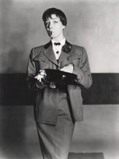Enid Boulting, by Norman Parkinson - NPG x30088
