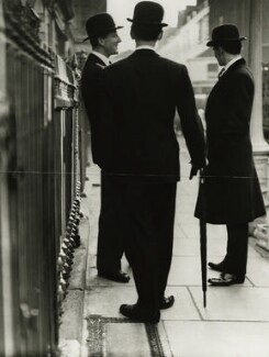 The New Mayfair Edwardians (Peter Coats; William Ackroyd; Mark Gilbey), by Norman Parkinson, 1950 - NPG x30089 - © Norman Parkinson Archive