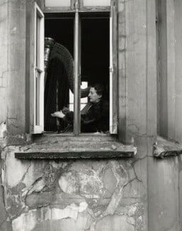Maria Korchinska, by Norman Parkinson, February 1953 - NPG x30023 - © Norman Parkinson Archive