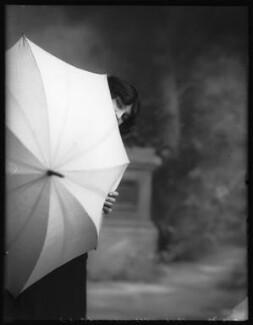 Iris Hoey, by Bassano Ltd - NPG x102980