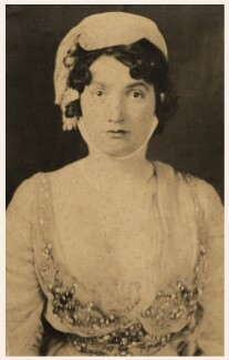 Lillah McCarthy, possibly by Alvin Langdon Coburn - NPG x126447