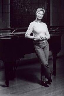 Antoinette Sibley, by Alan Bergman - NPG x126450