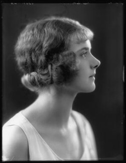 Betty Nelson, by Bassano Ltd, 7 April 1924 - NPG x103285 - © National Portrait Gallery, London