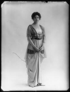 Dorothy Thomas, by Bassano Ltd - NPG x103218