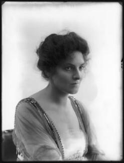 Dorothy Thomas, by Bassano Ltd - NPG x103219
