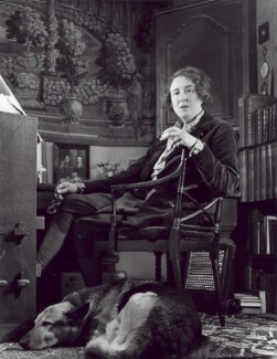 Vita Sackville-West, by John Gay, 1948 - NPG x47301 - © National Portrait Gallery, London