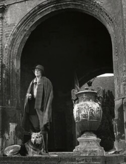 Vita Sackville-West, by John Gay, 1948 - NPG x47302 - © National Portrait Gallery, London