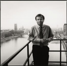 Jeffrey Howard Archer, Baron Archer of Weston-Super-Mare, by Liam Woon, 1985 - NPG  - © Liam Woon / National Portrait Gallery, London