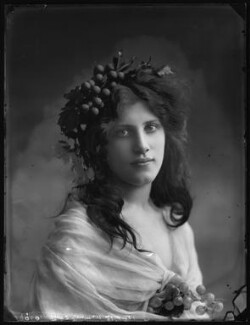Sybil Edith Muriel Rose (née Neumann), Lady Grimston of Westbury, by Bassano Ltd - NPG x103516