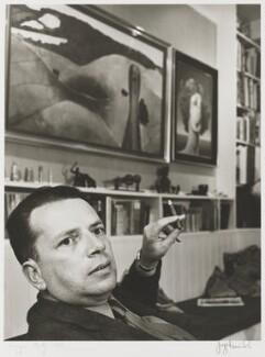 George Melly, by Jorge ('J.S.') Lewinski, October 1968 - NPG P1054 - © National Portrait Gallery, London