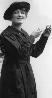 Beatrice Sinclair, by Bassano Ltd - NPG x103552