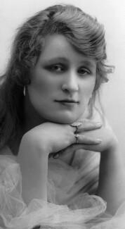 Beatrice Sinclair, by Bassano Ltd - NPG x103554