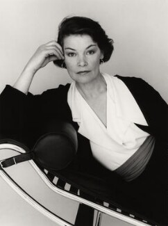 Glenda Jackson, by Trevor Leighton, 21 March 1989 - NPG  - © Trevor Leighton / National Portrait Gallery, London