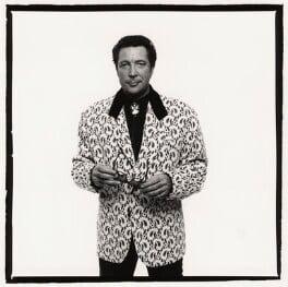 Tom Jones, by Trevor Leighton, 1989 - NPG x33999 - © Trevor Leighton / National Portrait Gallery, London