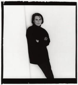 Jennifer Saunders, by Trevor Leighton, 1998 - NPG x87780 - © Trevor Leighton / National Portrait Gallery, London