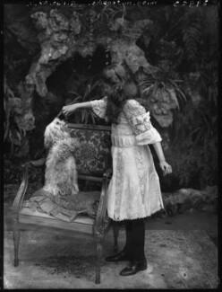 Marjorie Minna Jenkins Pratt, Countess of Brecknock, by Bassano Ltd, 12 July 1910 - NPG  - © National Portrait Gallery, London