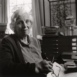 Dorothy Hodgkin, by Deborah Elliott - NPG x25229