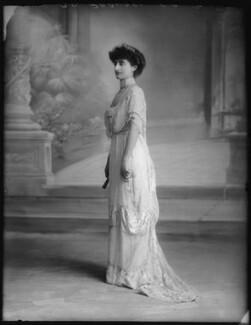 Mrs Ernest G. Raphael (née Flora Cecilia Sassoon), by Bassano Ltd - NPG x103849
